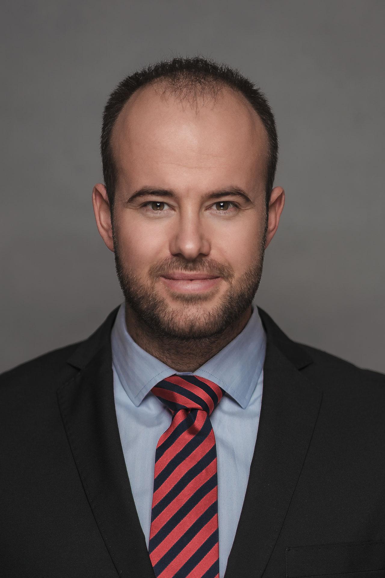 dr. Bor István